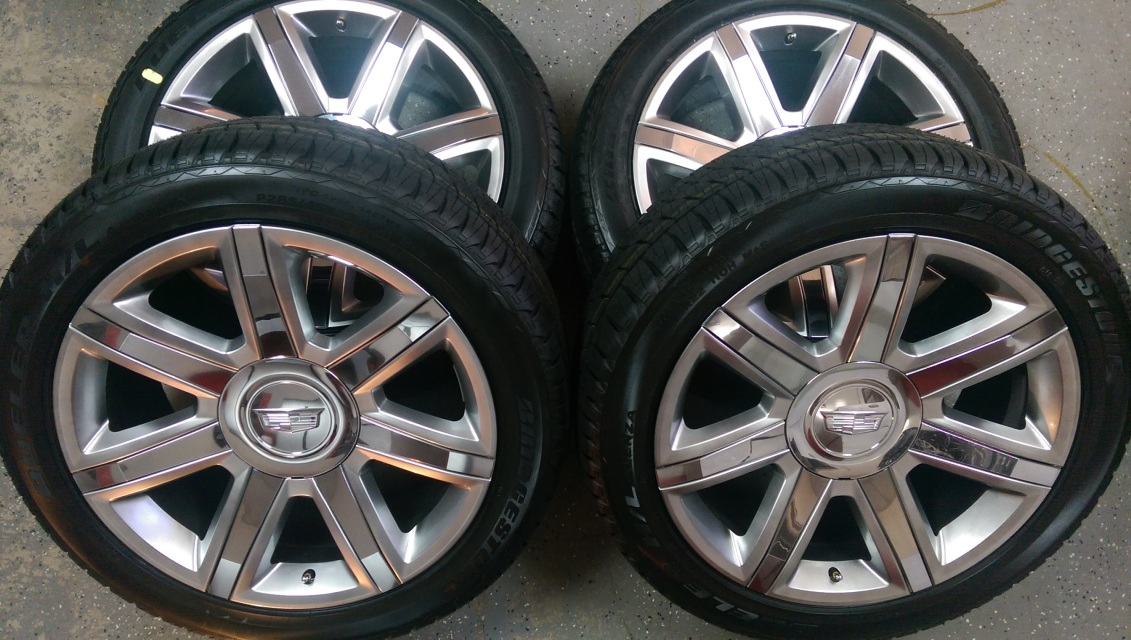 22 Quot Cadillac Escalade Silver And Chrome Oem Wheels