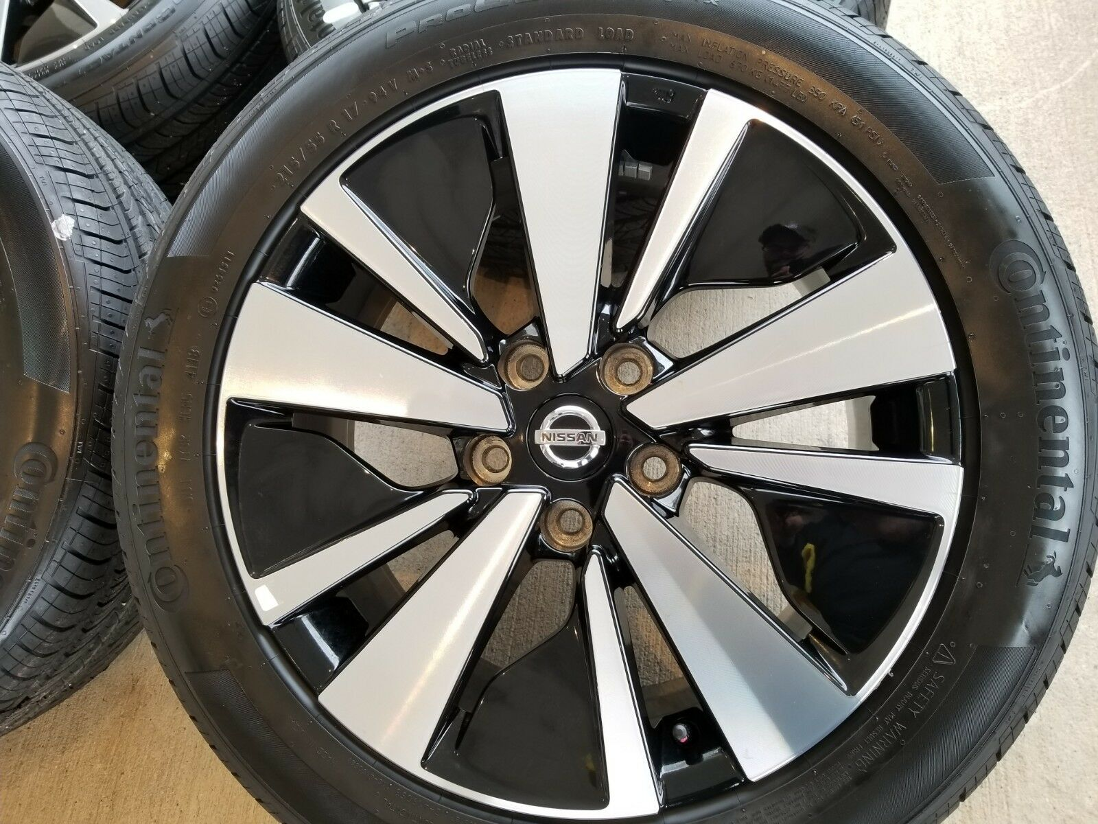 17 Quot Nissan Altima 2019 Oem Black And Machined Wheels