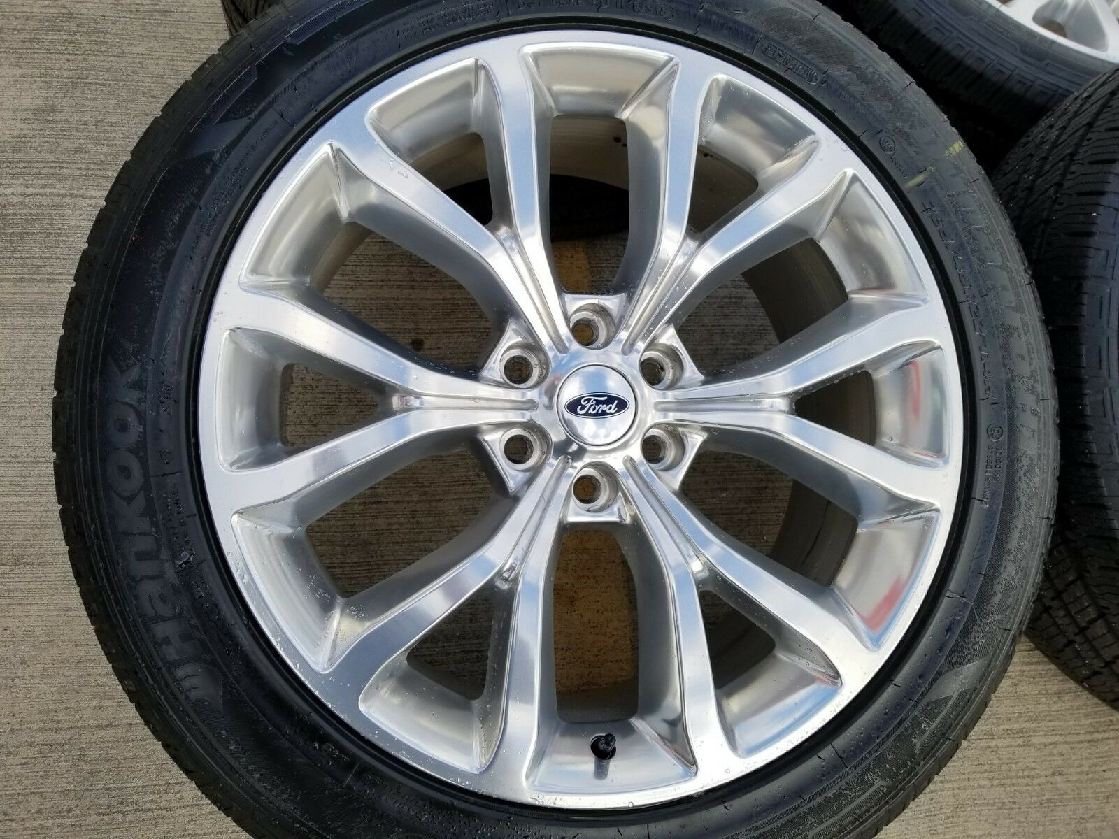 "2004 Ford F150 Bolt Pattern >> 22"" Ford Expedition 2019 OEM wheels"